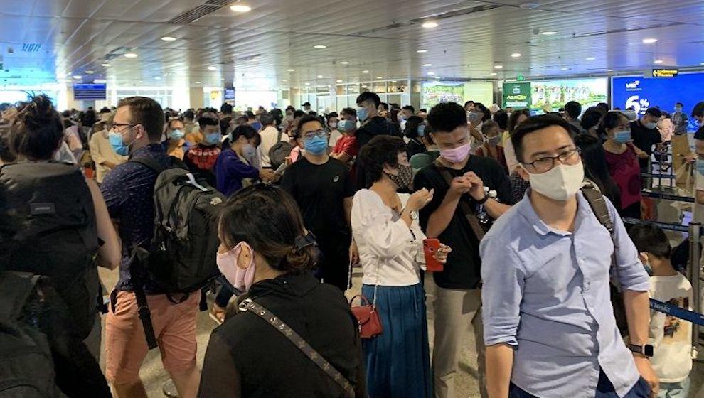 Chuyên gia hàng không hiến kế giảm ùn tắc tại sân bay trong dịp lễ 30-4 và 1-5