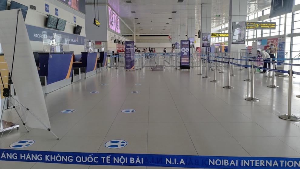Lượng khách qua sân bay Nội Bài, Tân Sơn Nhất giảm tới 80% so với dịp lễ 30/4