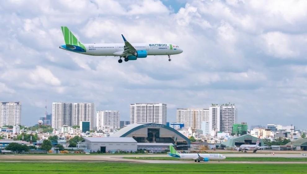 Tiếp tục cho nhập cảnh hành khách tại sân bay Tân Sơn Nhất và Nội Bài