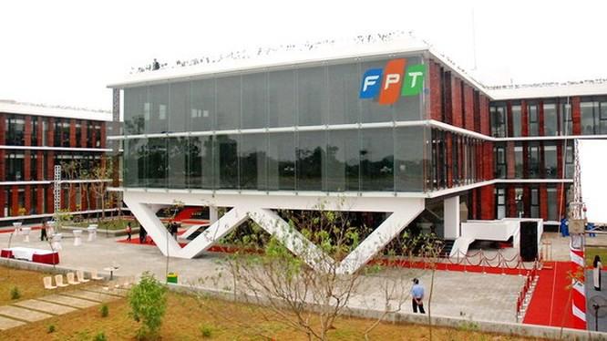 Không có nhà đầu tư nào tham gia phiên đấu giá trọn lô 46 triệu cổ phiếu FPT của SCIC