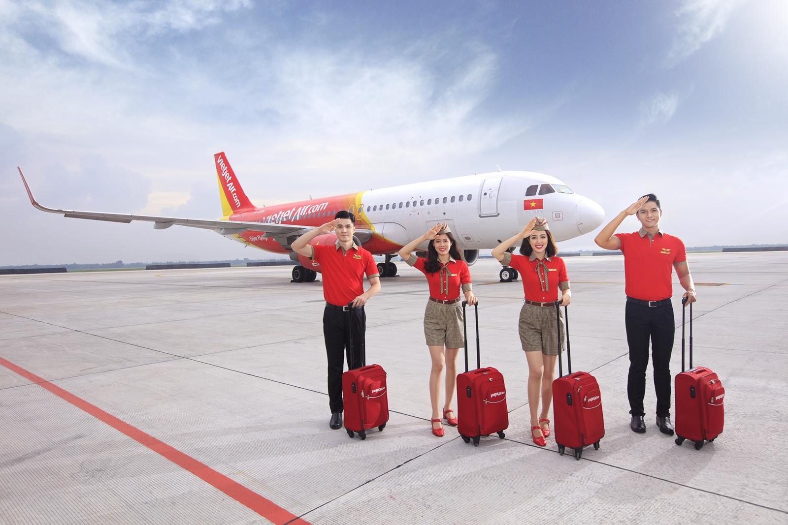 Trở lại bầu trời, Vietjet tiếp tục tăng cường kết nối tới Đà Nẵng, bỏ giãn cách trên chuyến bay