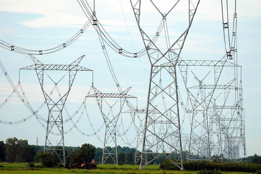 EVN triển khai chỉ đạo của Bộ Công Thương về vận hành hệ thống điện