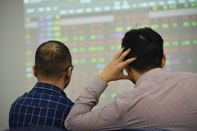 Giảm nghẽn lệnh HoSE: Chỉ mất tối thiểu 3 ngày để cổ phiếu chuyển sàn sang HNX