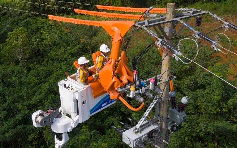EVN đã đảm bảo cung cấp điện an toàn, ổn định trong kỳ nghỉ lễ 30/4 – 1/5