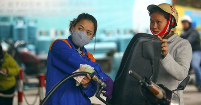 Hôm nay giá xăng, dầu có thể tăng mạnh