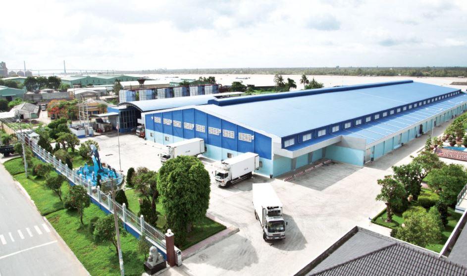 Nhóm cổ đông tỷ phú Trần Bá Dương đã thoái toàn bộ gần 20 triệu cổ phiếu Hùng Vương (HVG)