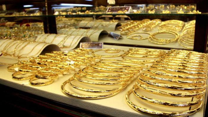 Giá vàng SJC quay đầu hạ nhiệt bất chấp vàng thế giới lên đỉnh gần 7 năm