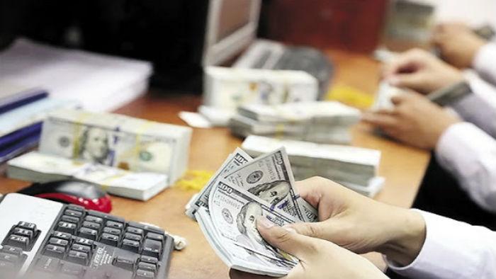 Ngân hàng tiếp tục giảm giá USD
