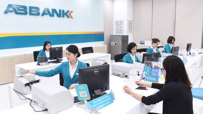 Chuẩn bị lên UPCoM, ABBank báo lợi nhuận 11 tháng vượt kế hoạch của cả năm