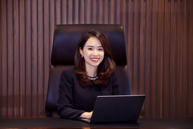 Xuất hiện nữ chủ tịch ngân hàng trẻ nhất Việt Nam