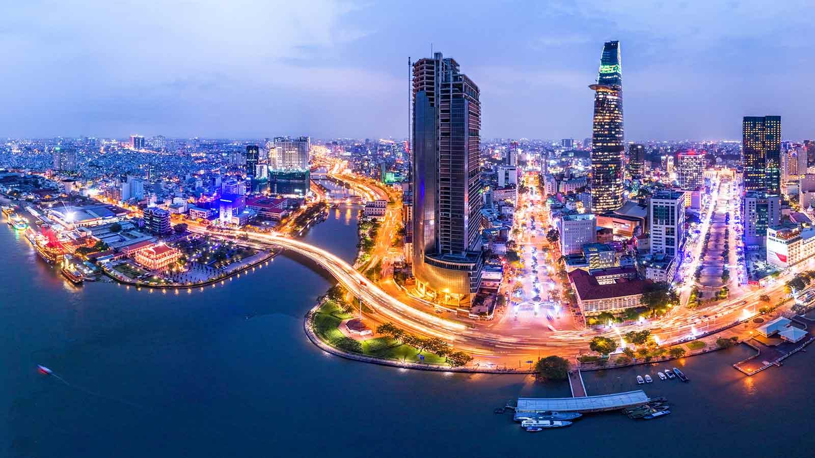 Việt Nam sẽ hoàn thành xuất sắc mục tiêu kiểm soát nợ công sau 5 năm