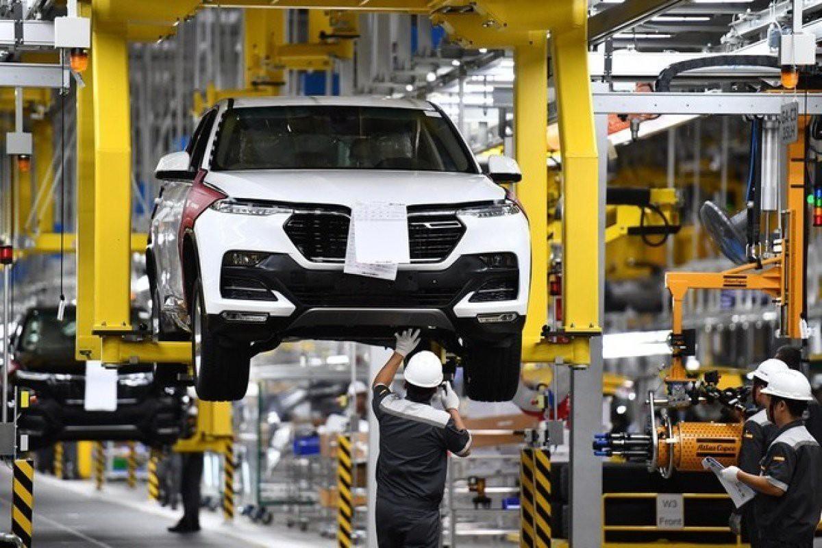 Bộ Tài chính bác đề xuất tiếp tục giảm phí trước bạ ô tô