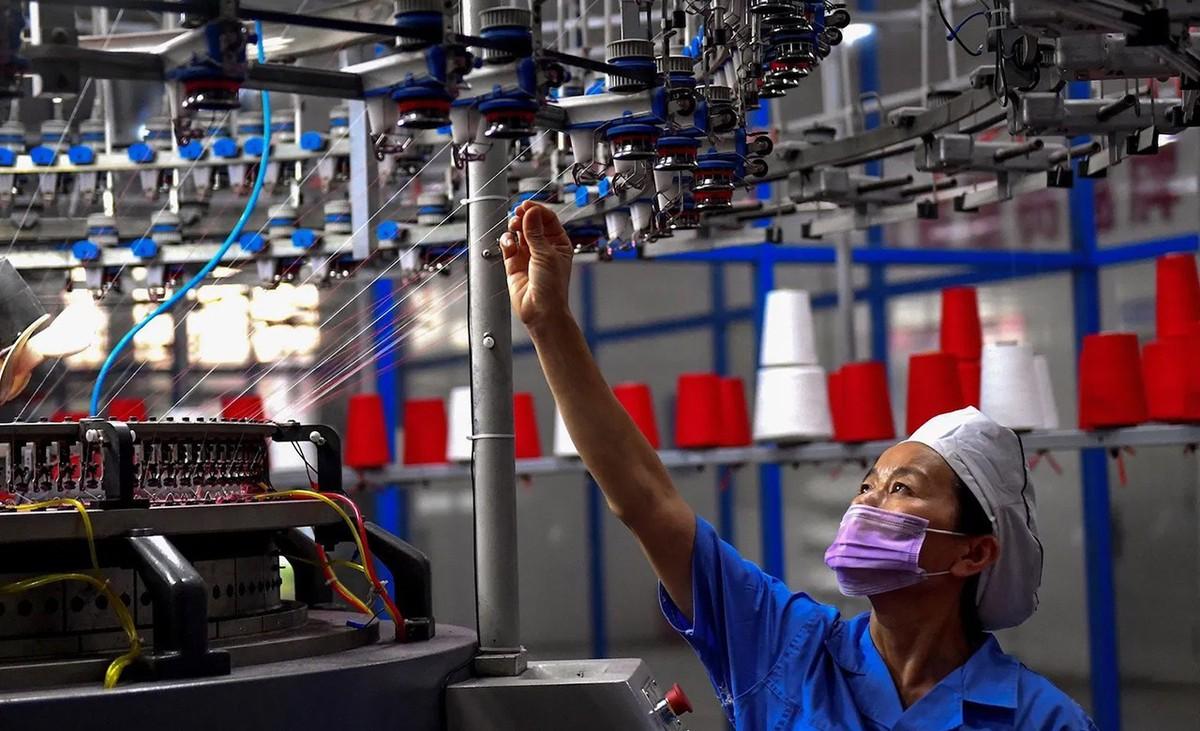Khẩn trương hoàn thiện Chương trình phục hồi và phát triển kinh tế-xã hội