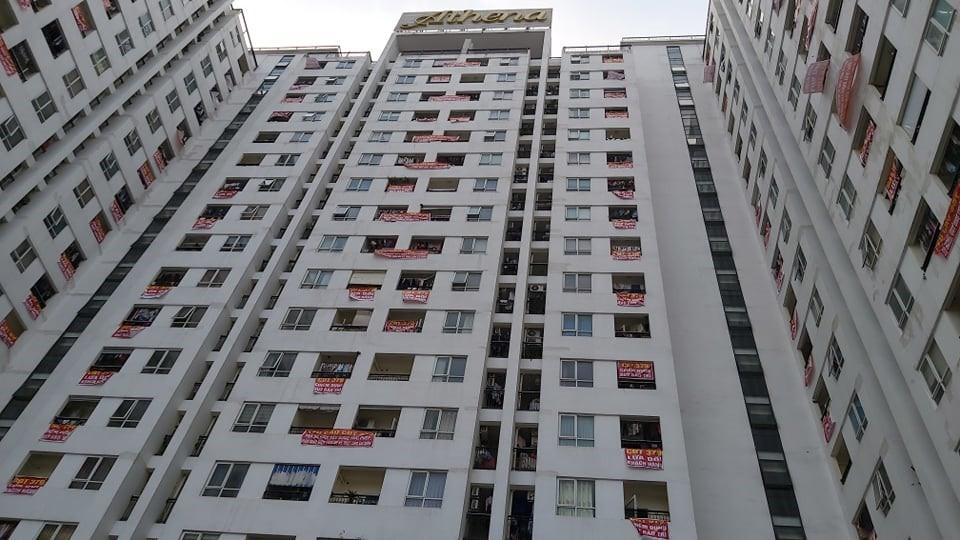 """12 chủ đầu tư """"om"""" phí bảo trì chung cư nộp trả gần 345 tỷ đồng"""